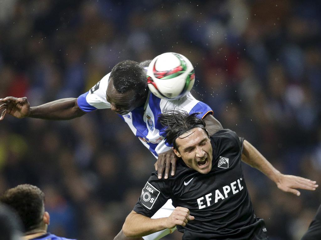 FC Porto-Académica (Reuters)