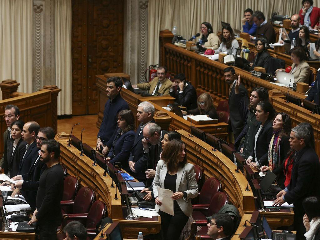 Partidos da esquerda no Parlamento