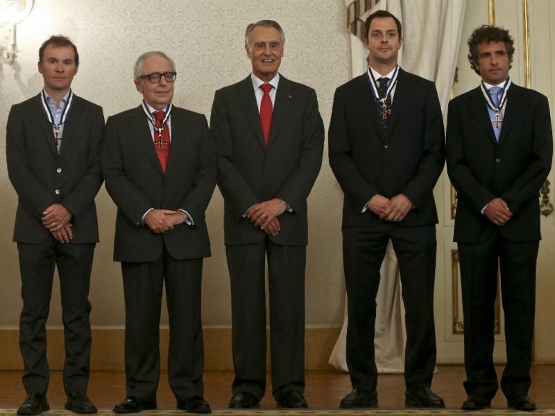 Cavaco Silva (C), José Manuel Constantino (2E), Nuno Barreto (2D), Hugo Rocha (D) e Sergio Paulinho (E)