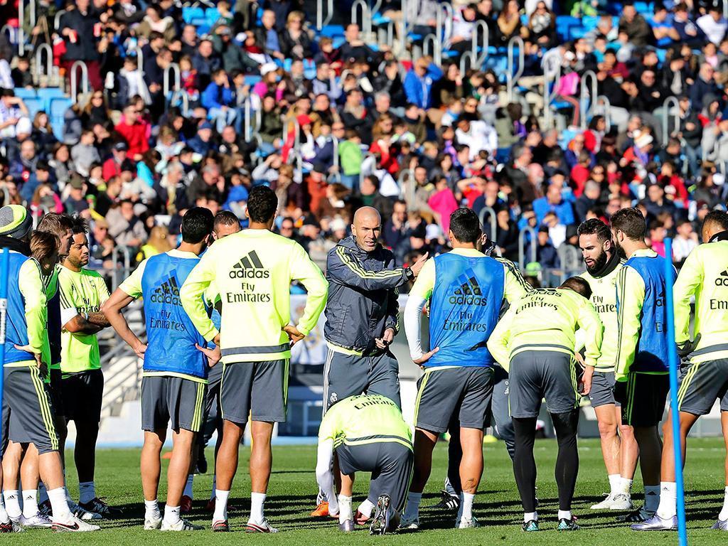 O primeiro treino do Real Madrid de Zidane