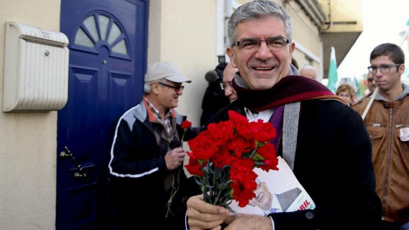 Candidato presidencial Edgar Silva em campanha
