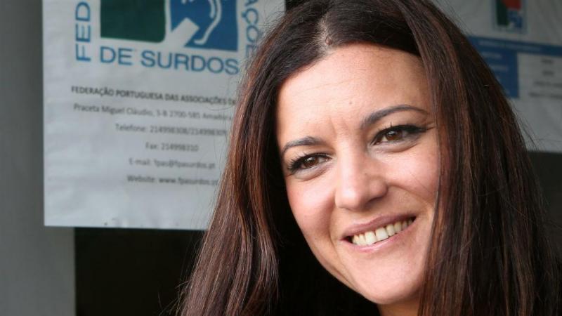 Marisa Matias aprende a dizer