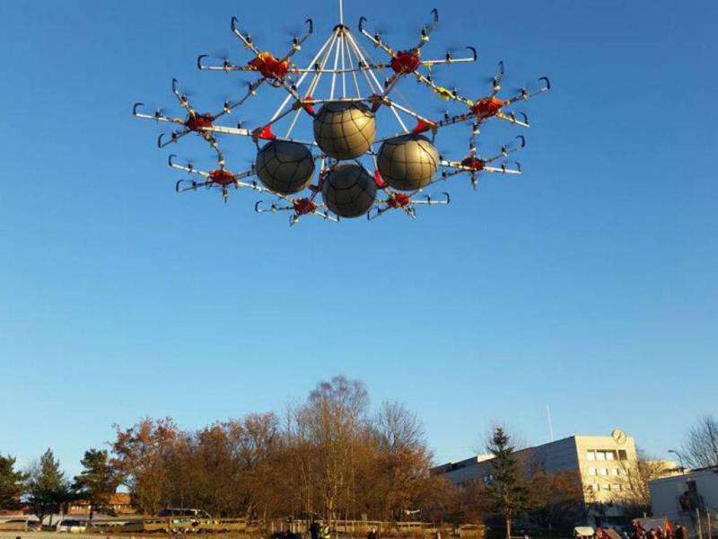 Drone gigante capaz de transportar uma pessoa