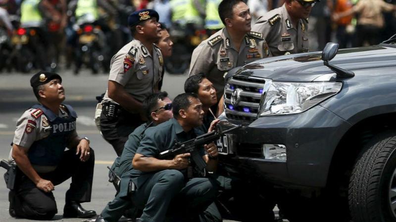 Ataques no centro da capital da Indonésia