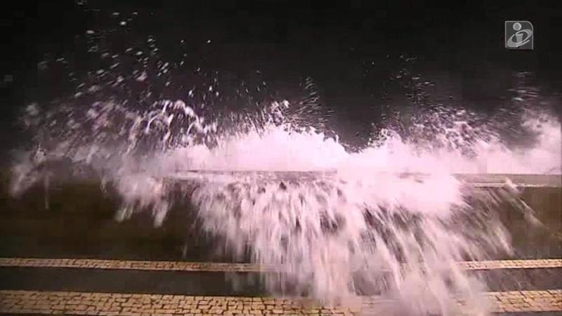 Açores: ondas podem chegar aos 18 metros