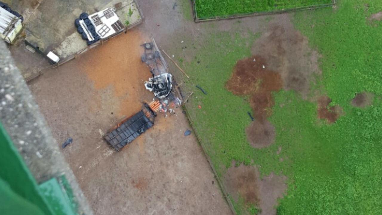 Resultado de imagem para Queda de carro a partir de viaduto da CREL faz um morto em Loures