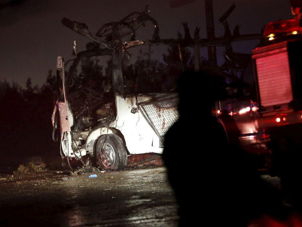 Ataque talibã mata sete elementos de equipa de TV