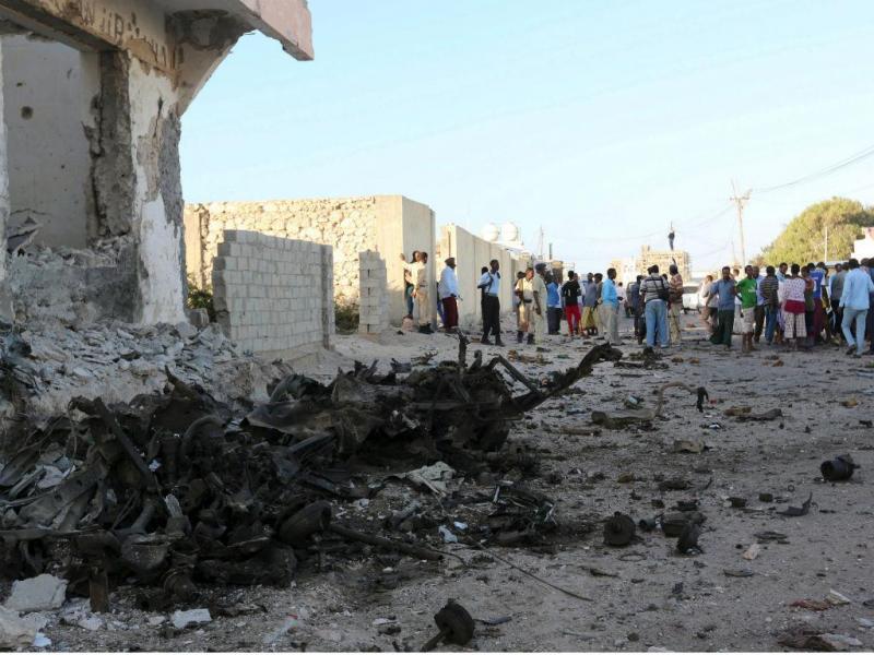 Ataque a restaurante cheio de civis na Somália faz 19 mortos