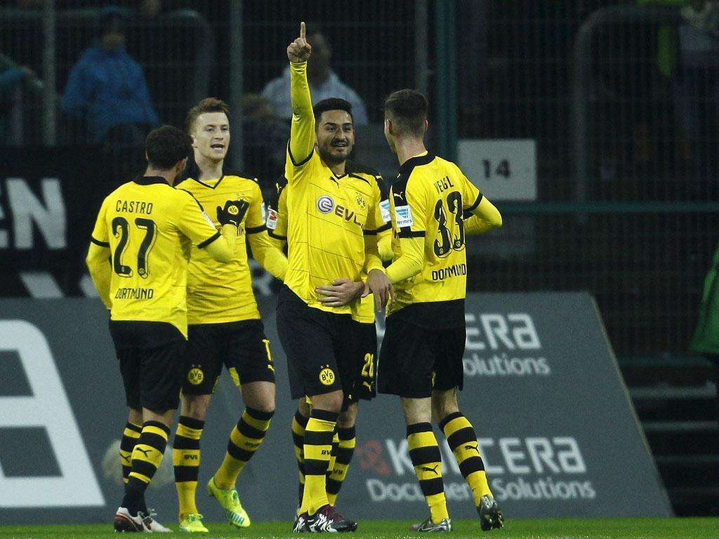 Monchengladbach-Dortmund (Reuters)