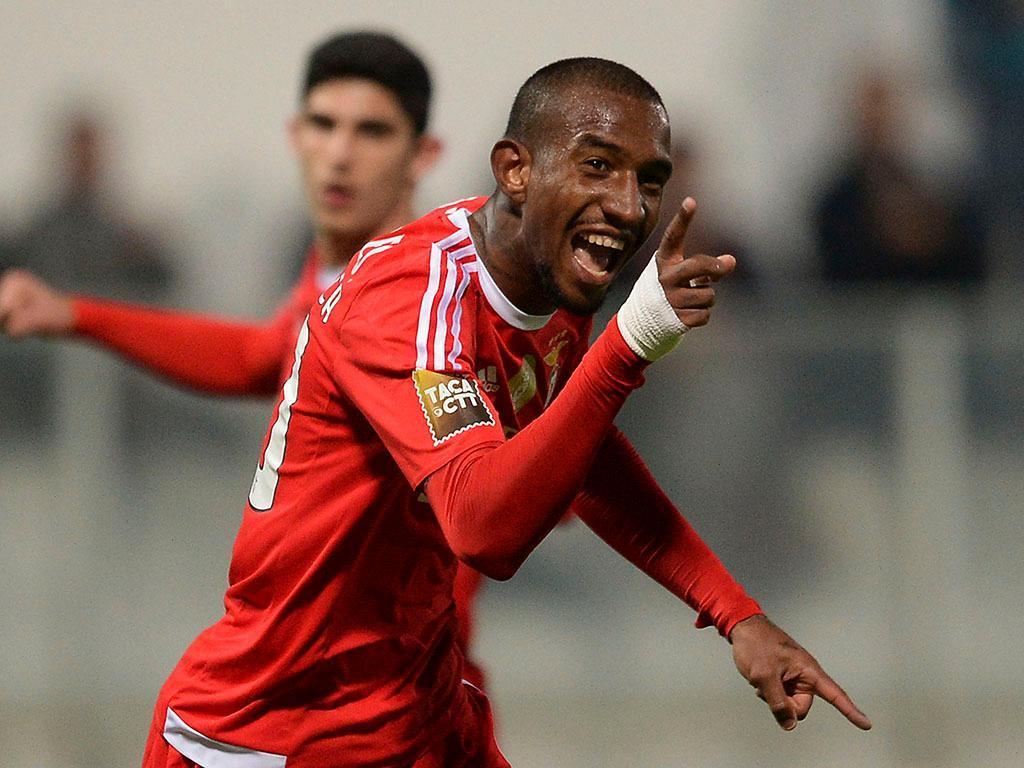 Talisca na partida: «Não era o que desejava, mas o Benfica quis assim»