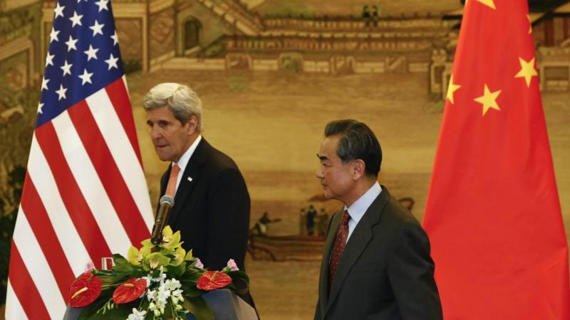 John Kerry e Wang Yi