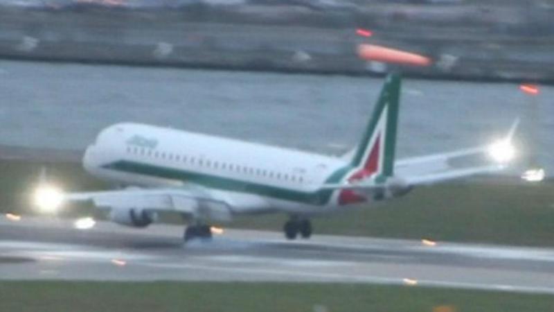 Ventos fortes impedem avião de aterrar em Londres