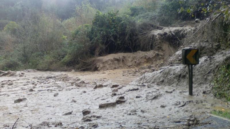 Deslizamento de terras em Caldas de Arêgos - Resende