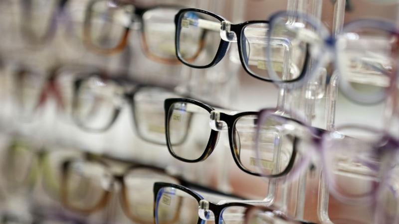"""65174b96693f2 Há muita gente que não compra os óculos porque não tem dinheiro"""""""