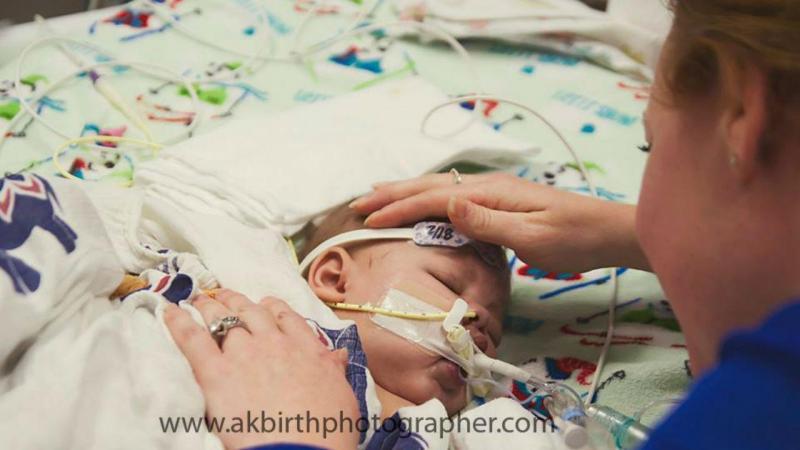Bebé nos EUA salvo no último minuto de vida