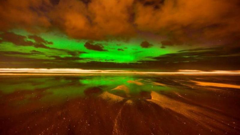 Aurora boreal surpreende no Reino Unido