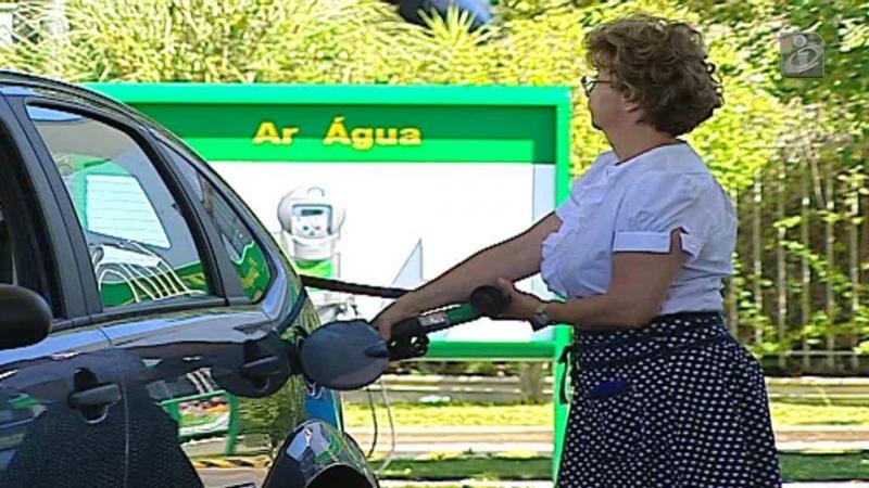 Gasolina sobe quatro cêntimos na próxima semana