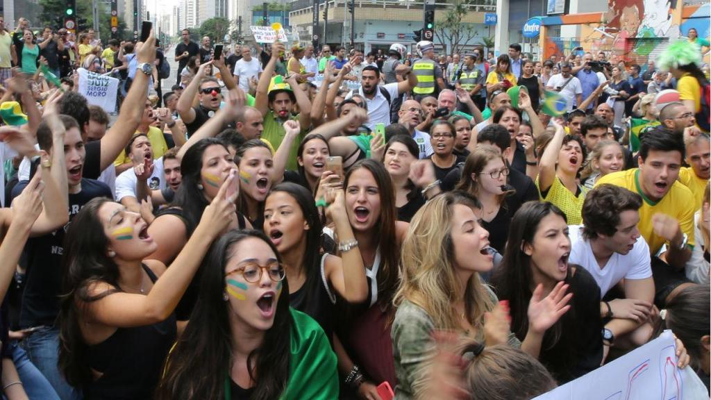 Protestos a favor e contra Lula continuam nas ruas