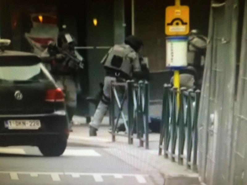 O momento da detenção de Salah Abdeslam