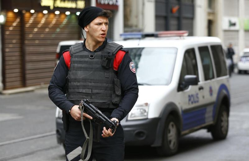 Explosão em zona comercial da Turquia [Foto: Reuters]
