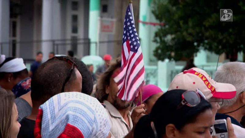 A alegria do povo cubano ao ver passar Barack Obama