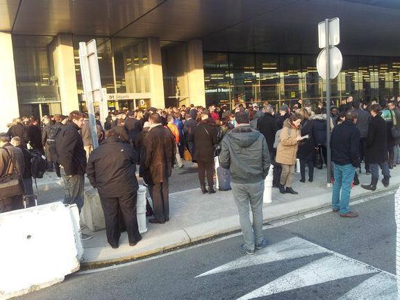 Aeroporto de Toulouse evacuado