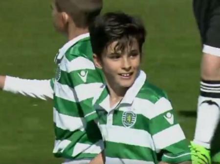 Sporting: golo do benjamim Tomás Santos corre o mundo (vídeo)