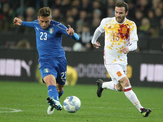 Itália e Espanha empatam