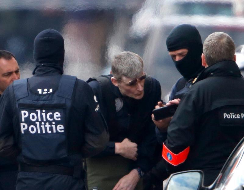 Explosões e detidos durante operação policial em Schaerbeek