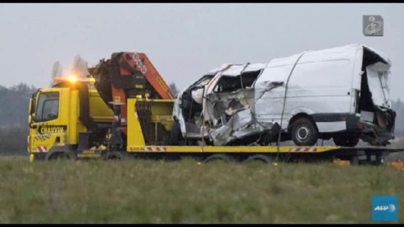 Acidente em França: carrinha vinha sobrelotada