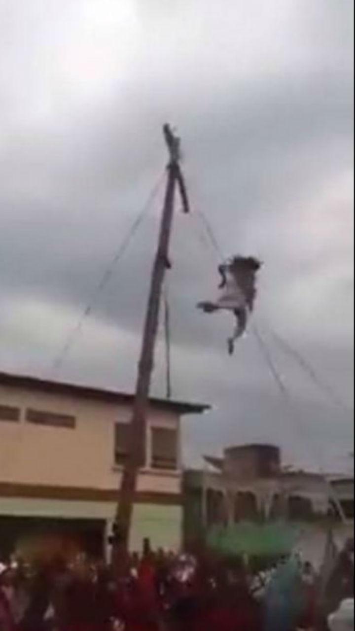 Ator interpreta Jesus e cai de cruz a 10m de altura