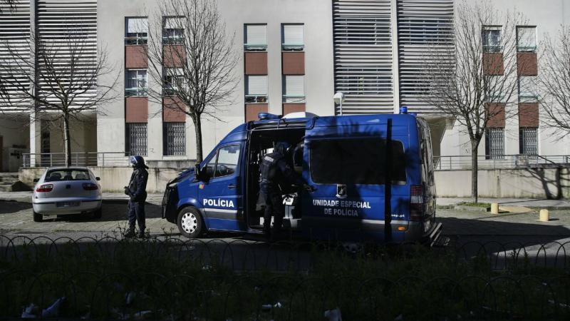 Polícia faz buscas no bairro da Ameixoeira, em Lisboa
