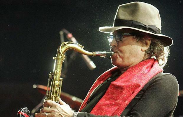 Morreu saxofonista argentino Gato Barbieri aos 83 anos