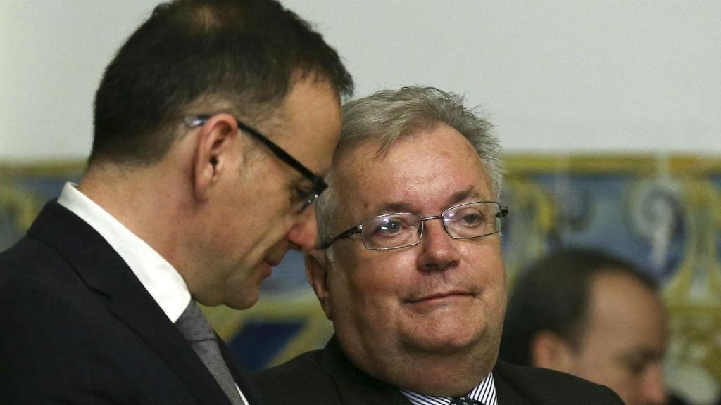 Novo ministro e dois secretários de Estado já tomaram posse