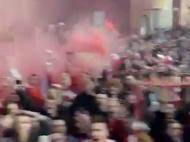 Mar de gente à espera do Liverpool