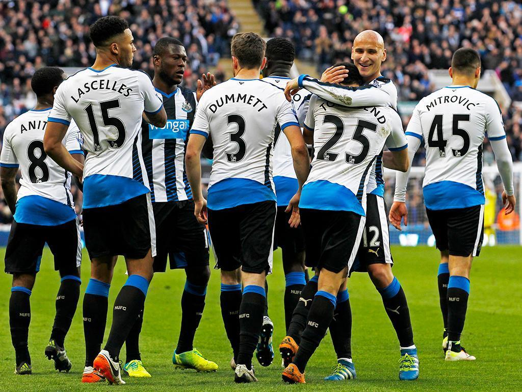 Newcastle-Swansea (Reuters)