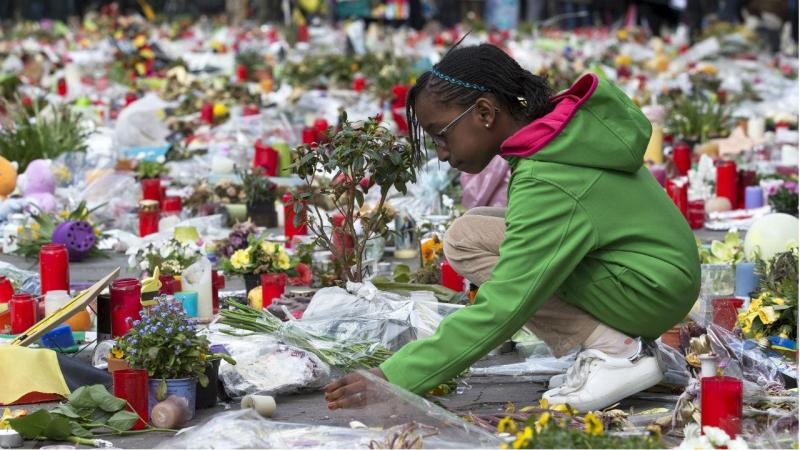 Bruxelas: milhares marcharam contra o terror e o ódio