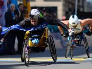 Etíopes Lemi Berhanu e Atsede Baysa vencem maratona de Boston (Lusa)