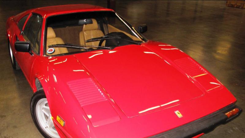 Ferrari roubado reaparece 28 anos depois