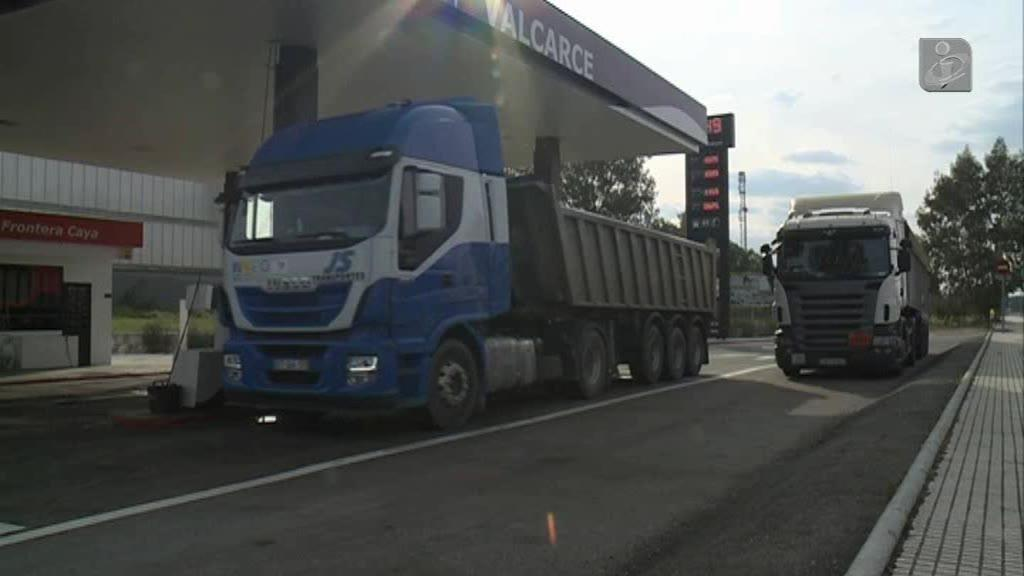 Empresas de Transportes vão ter combustíveis mais baratos na fronteira