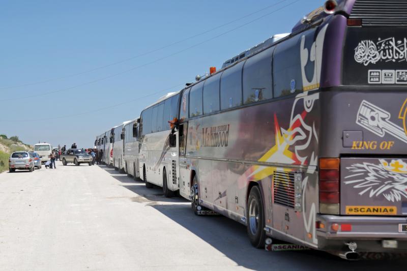 Meio milhar pessoas retiradas de zonas sitiadas na Síria