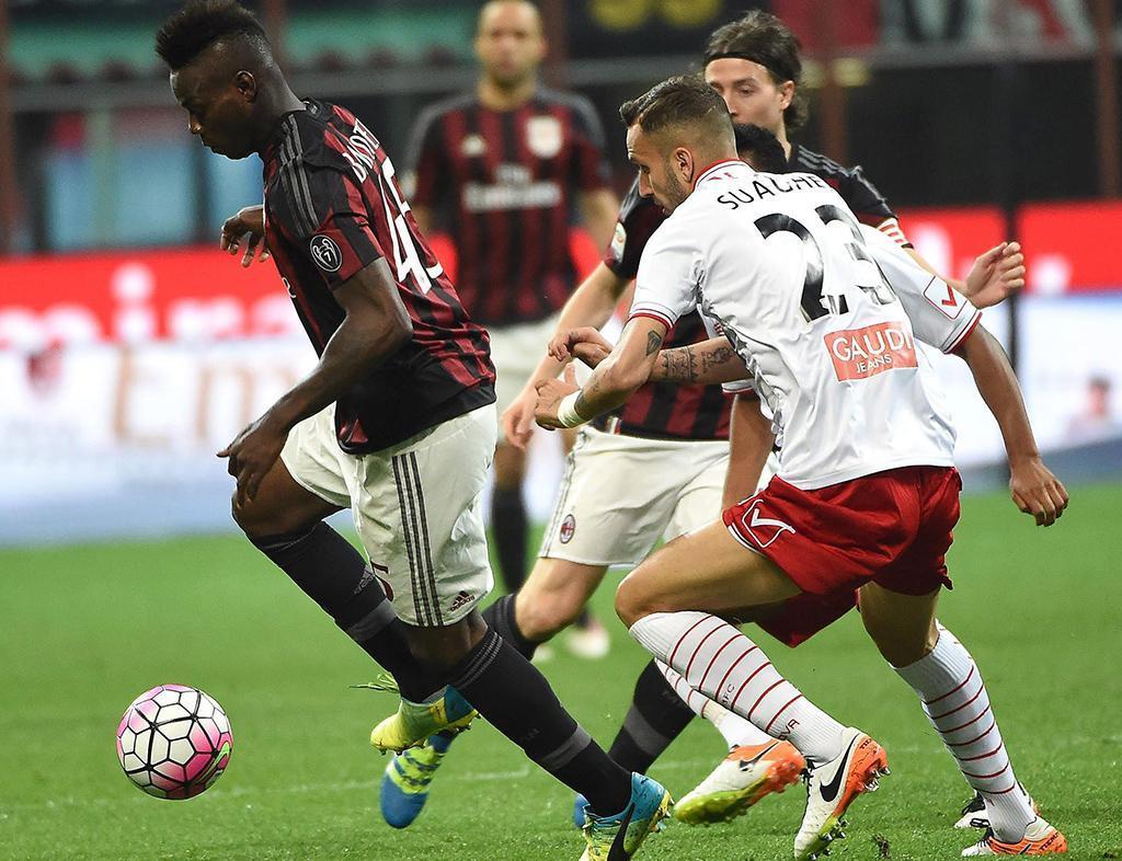 Milan vs Carpi (EPA)