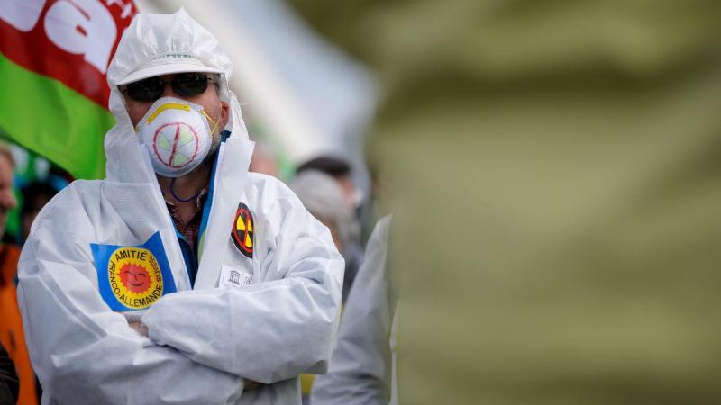 Ucrânia presta homenagem às vítimas de Chernobyl