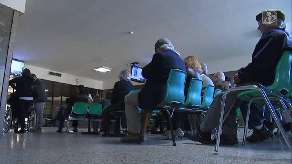 Doentes exigem mais profissionais de saúde nos hospitais
