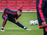 Bayern treina em Munique na véspera das meias-finais (EPA)