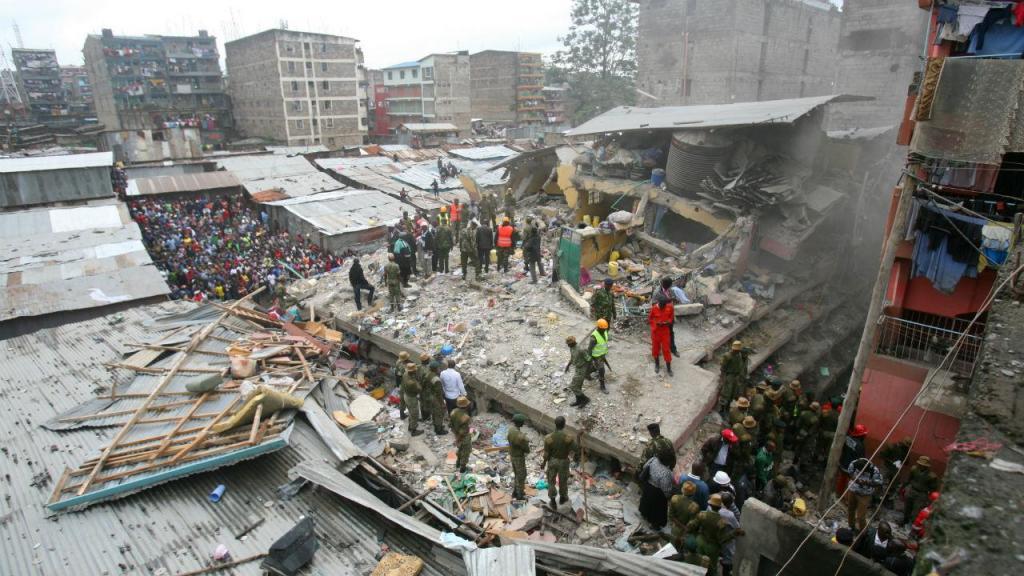 Derrocada de edifício com vários andares no Quénia