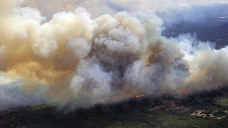 Incêndio em Fort McMurray, Canadá [Foto: Reuters]