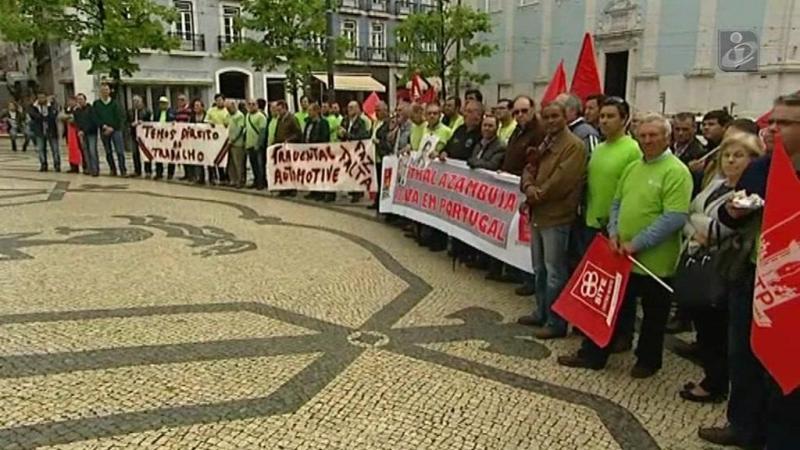 Trabalhadores da Impormol protestam contra pedido de insolvência