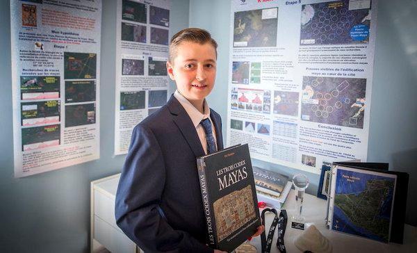 William Gadoury tem 15 anos e descobriu uma antiga cidade Maia a partir de casa