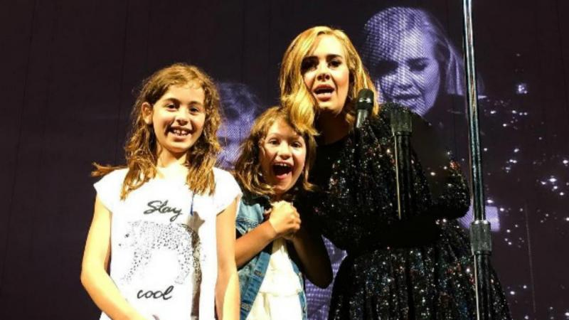 Adele e fãs